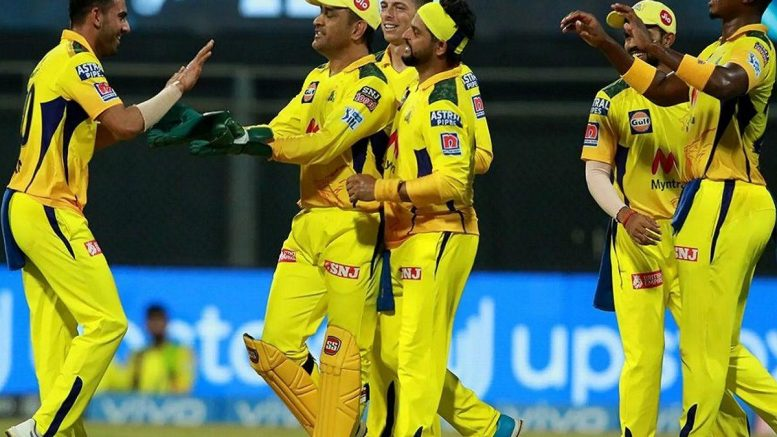 Chennai clinch the thriller, win by 18 runs at Wankhede