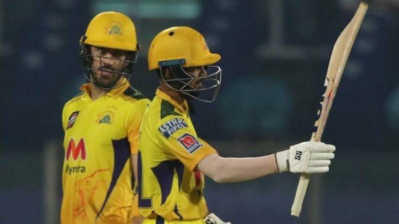Chennai-super-kings-beat sunrises hyderabad by 7-wickets